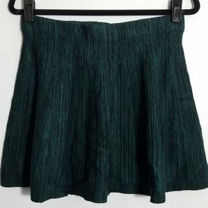 💰 Fantastic Candie's forest green mini skirt, M